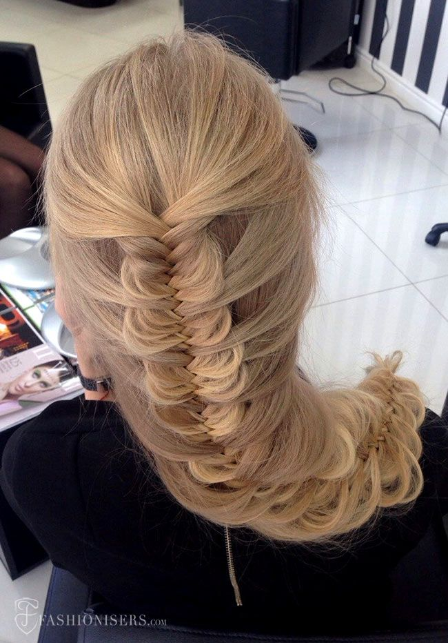 5 Pretty Braided Hairstyles for Prom: Mermaid Fishtail Braid #braids #braidedhairstyle #hair