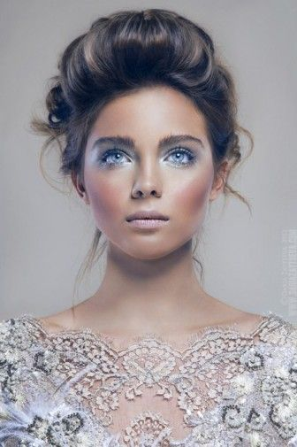 7 Mavi Göz Makyajı