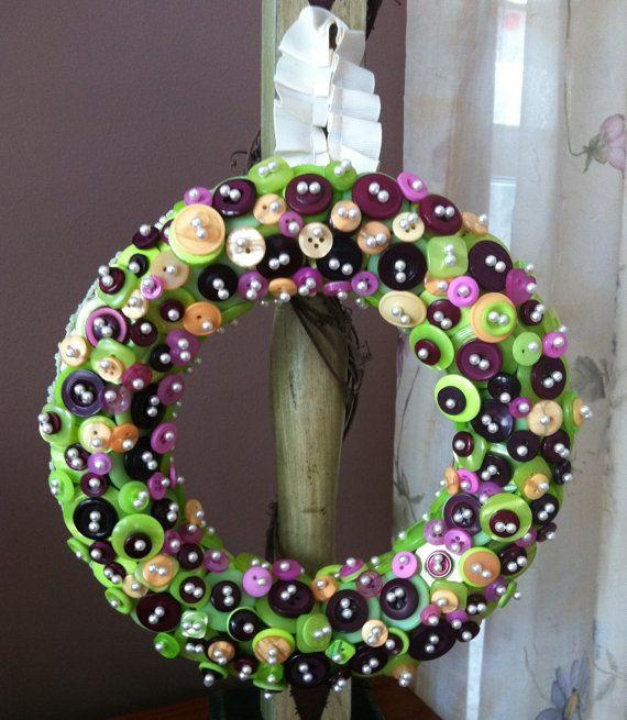 Decorativo y colorido de la guirnalda de Button por ArtOfButtons en Etsy