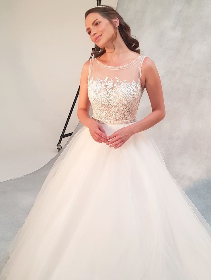 The sensational ball gown 'Ariana' by Viva bride  ❤️  With a fully beaded bodice and romantic tulle skirt this wedding dress really is fit for a princess  ❤️