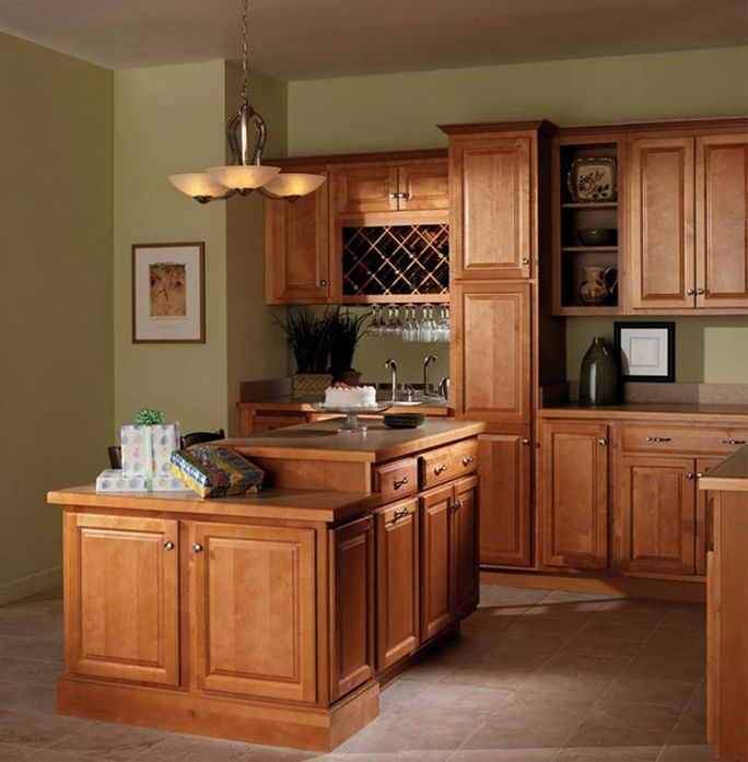 Kitchen Cabinets Affordable: The Raised Panel Of The Harborview2 Door Style Imparts A