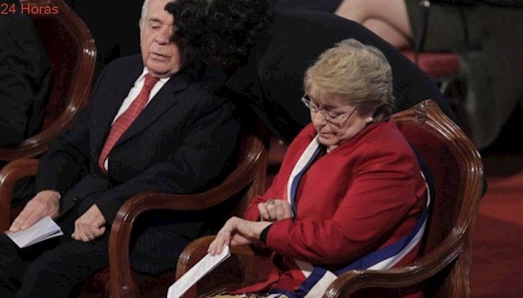 La sostenida campaña de la derecha contra Bachelet llega a su cúlmine en el Tedeum evangélico
