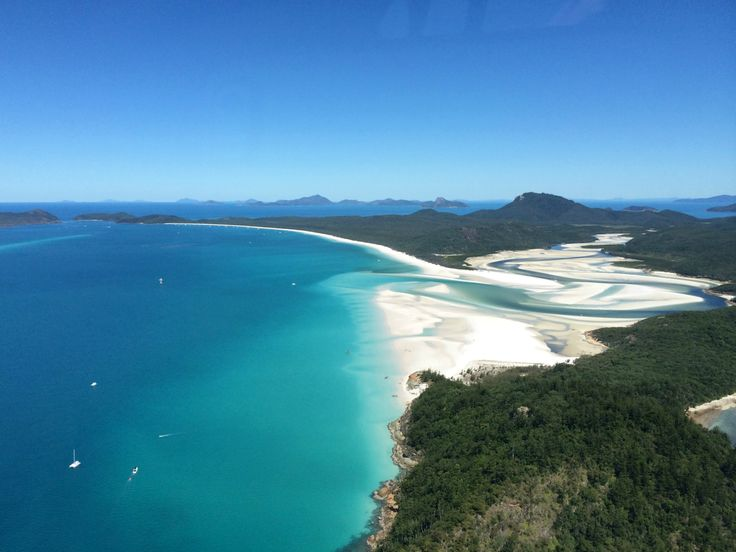 The swirling beauty of Hill Inlet is right on Hamilton Island's doorstep. This site needs to be seen to be believed. Blues have never been so beautiful. #HamiltonIsland
