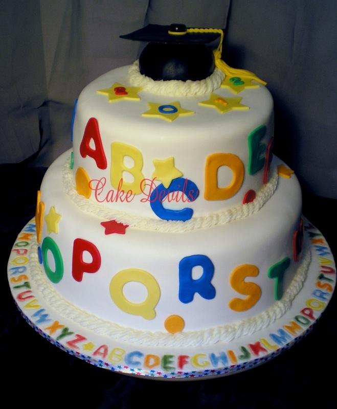preschool graduation cake preschool graduation cake like border on cake board 152