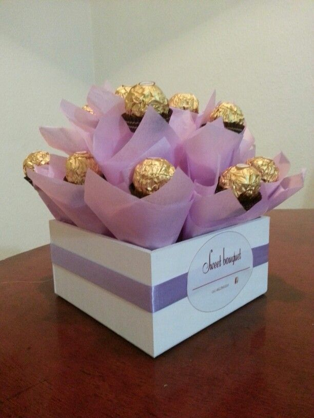 Hermoso bouquet de Ferrero Rocher un detalle que enamora! https://m.facebook.com/Sweet-bouquet-Celaya-170269599979834/