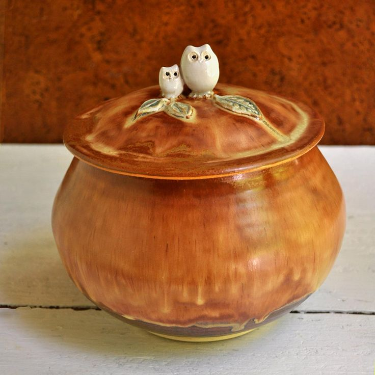 Daddy and Baby Owl ceramic keepsake box from Lee Wolfe Pottery