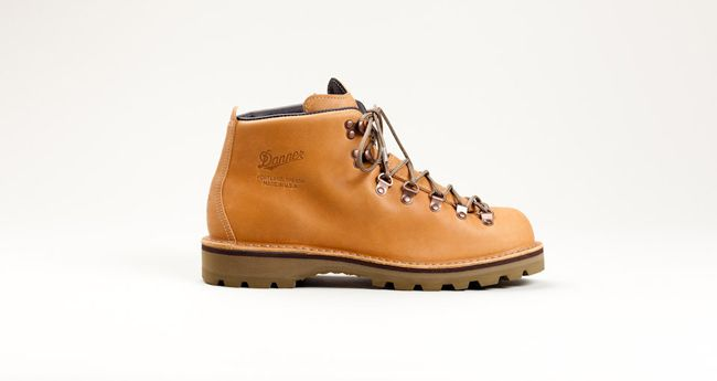 Danner Mountain Light McKenzie by Tanner Goods | MATÉRIA:estilo