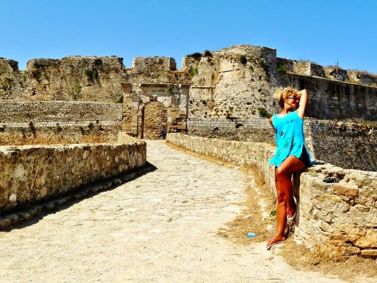 Το Αφηρημένο Blog: Στο κάστρο και τις παραλίες της Μεθώνης