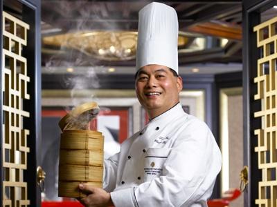 Chef Leung Fai Hung at Hoi King Heen