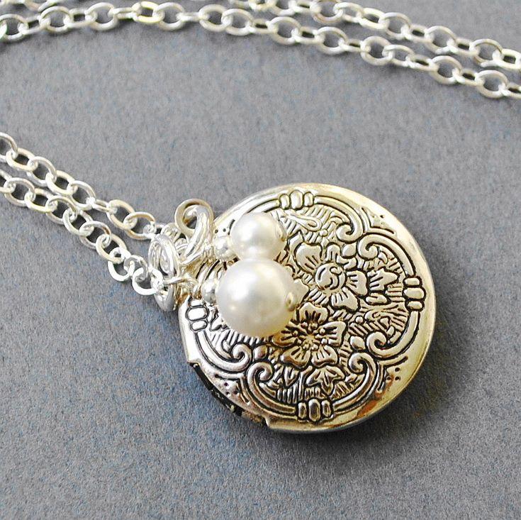 Round Silver Locket Necklace, Bridemaid Necklace,  Victorian Locket, Small Silver Locket. $29.00, via Etsy.
