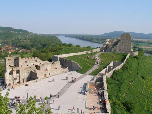 Devin Castle ruins