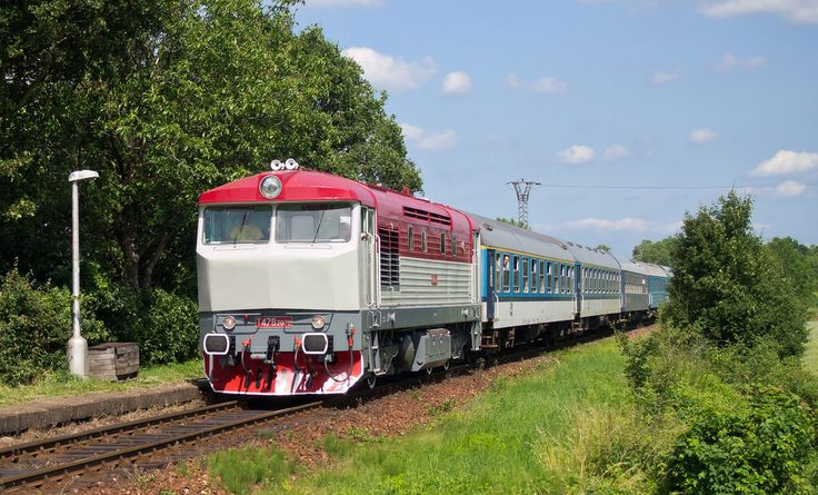 T478.2 078.1, Special train passing throught station Pohoří