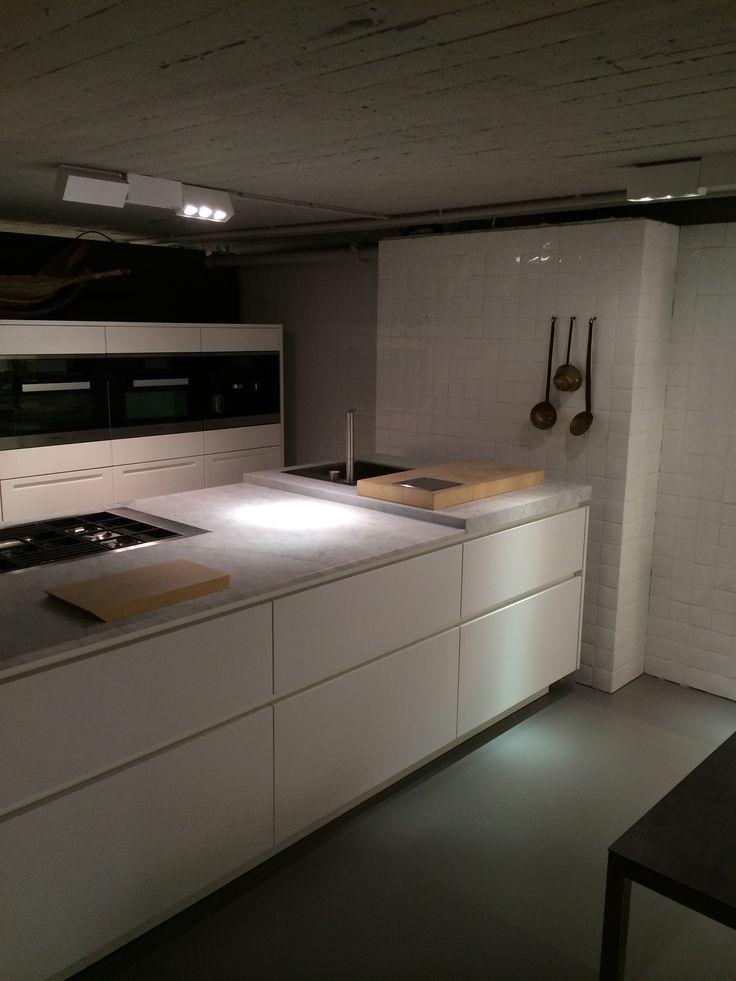 25 beste idee n over witte marmeren keuken op pinterest marmeren aanrechtbladen mooie keuken - Credence keuken wit ...