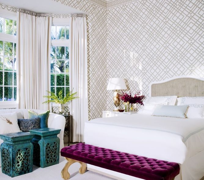 bedroom - bold colors with neutrals as backdrop, wallpaper pattern, great bench