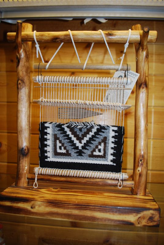 Indian weave LOVE THIS LOOM!!