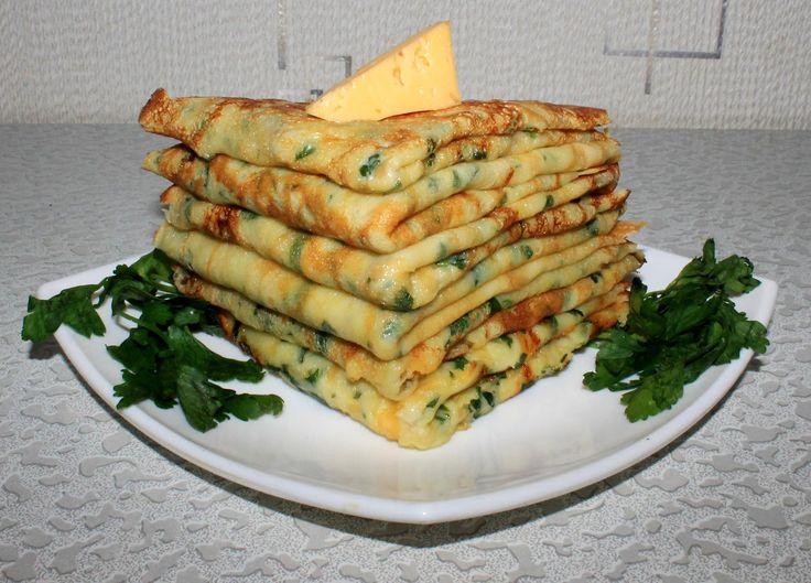 Классический рецепт приготовления сырного блина основан на использовании твердых сортов сыра и с чесноком