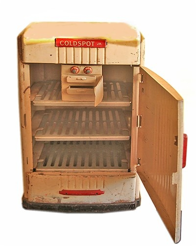 Dream Kitchen Toy Refrigerator: X Rays, Pull Toy And Vintage Baby Toys