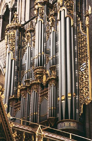 Westminster Abbey.........oh to be royalty and play music on this every day....bliss....