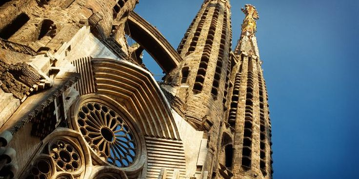 Spain & Portugal on a Shoestring - Lonely Planet
