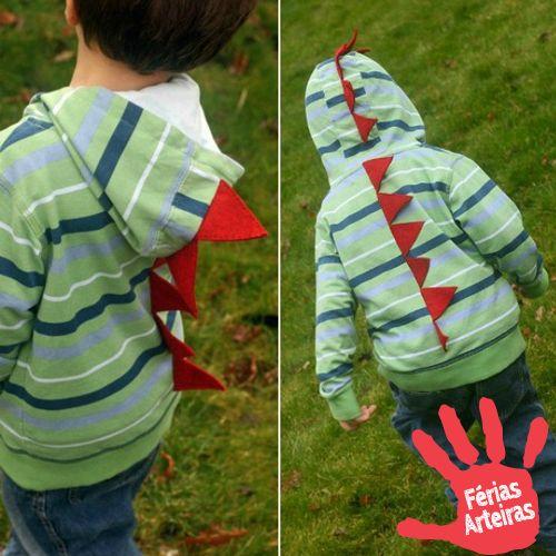 Passo a passo de cauda de dinossauro feita com feltro para casaco.