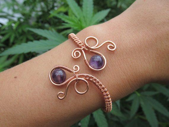 Alambre de cobre de amatista doble bucle espiral pulsera púrpura cristal cuentas alambre bobina envuelta brazalete - piedras preciosas hecha a mano pavo real boda joyería