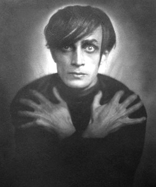 Conrad Veidt in The Cabinet of Dr. Caligari (Robert Wiene, 1920)  via monstercrazy
