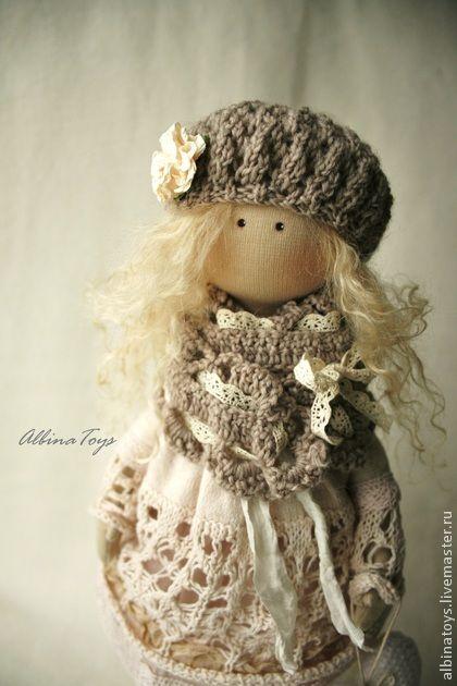 Albina Dolls