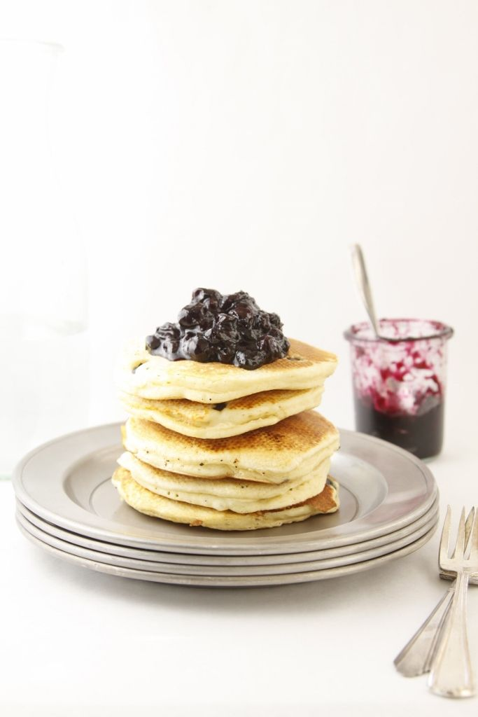 Ricotta Pancakes with Blueberry Compote www.bellalimento.com #Pancakes ...
