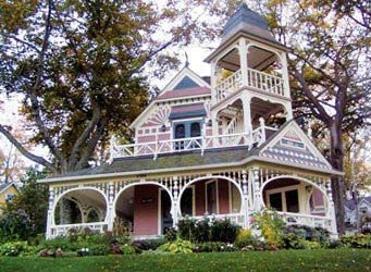Love it...Victorian House, Dreams Home, Pink House, Victorian Home, Dreams House, Lakes Michigan, Petoskey Michigan, Dolls House, Painting Lady