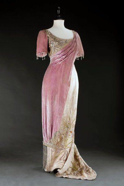 Šaty večerní | 1908 | Www.Esbirky.Cz | CC0