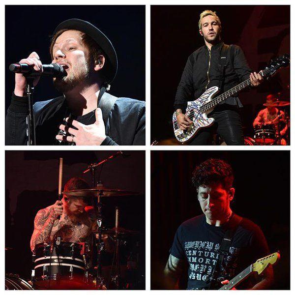 """12 stycznia Fall Out Boy oraz Walk The Moon zagrali podczas gali Cars.com Best Of 2016 Awards, na której wybrane zostały najlepsze samochody 2016 roku.  """"Każdego roku eksperci Cars.com testują setki nowych samochodów i ustalają, które z nich wszystkich są najlepsze."""" powiedział redaktor naczelny Cars.com Patrick Olsen.  Zespół zagrał następujące utwory:Sugar, We're Goin' Down  This Ain't A Scene, It's An Arms Race    Immortals    Dance, Dance    Uma Thurman    Fourth of July    ..."""
