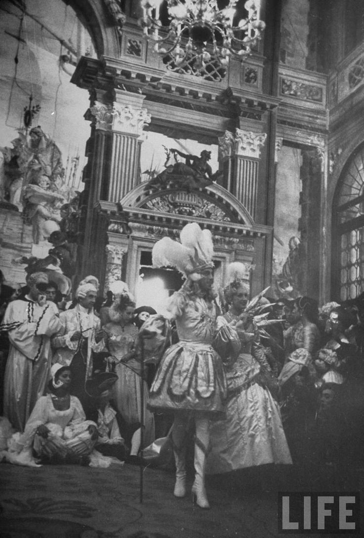 """THE COSTUME PARTY OF THE CENTURY! - Venice, Sept 3, 1951.  Hosted by """"The Count of Monte Cristo"""""""