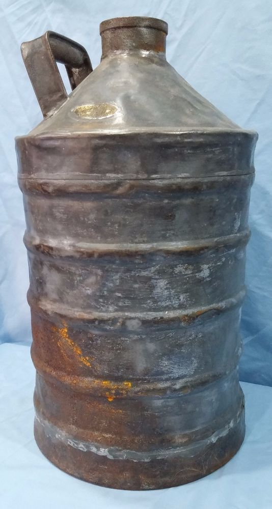ANTIQUE STANDARD OIL SOCONY ARMORED CAN 5 GAL DRUM BY SEXTON CAN CO BOSTON