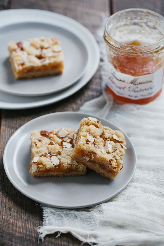 Apricot Almond Shortbread Bars