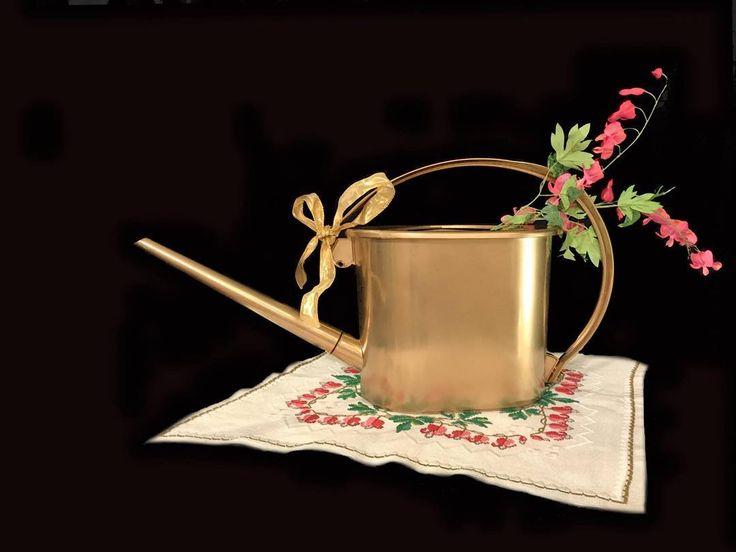 Guldkannan Towa ger jord som växter vill ha! En uppskattad gåva och en extra toa till landet båten och kolonin. #guldkannan #toa #landet #kolonilott #eko #eco #naturligt #miljö #miljövänligt #växtnäring #växter #groth #trädgård
