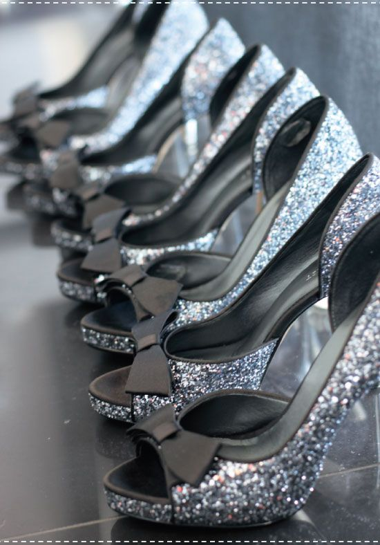 Dreamy wedding shoes! Sparkle sparkle!