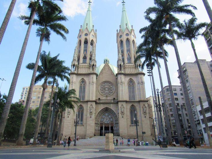 Se você, assim como eu, tem apenas 1 dia para conhecer São Paulo, esse artigo te ajudará bastante. São Paulo é a maior cidade da América do Sul e oferece inúmeras atrações turísticas, eventos culturais, shows, restaurantes e opções de compras, por isso para te ajudar a aproveitar o melhor do seu dia turistando em …