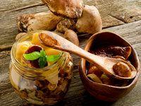Jak uchovat houby pro zimní kulinaření: sušení, nakládání, nasolení, mražení, kvašení...