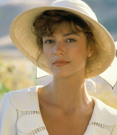 "Megan's name from: Rachel Ward as MEGAN ""Meggie"" Cleary in the Thorn Birds."