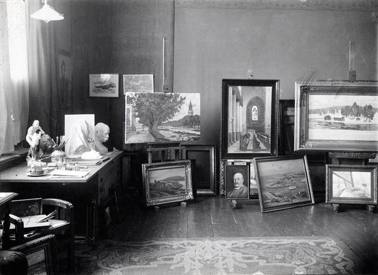 Director's office - Victor Westerholm's atelier.