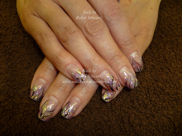 Gel Nails, Glitter and hand painted design