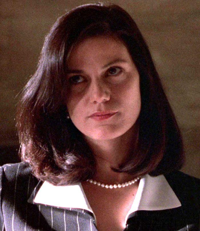 """Linda Fiorentino en """"Jade"""", 1995"""