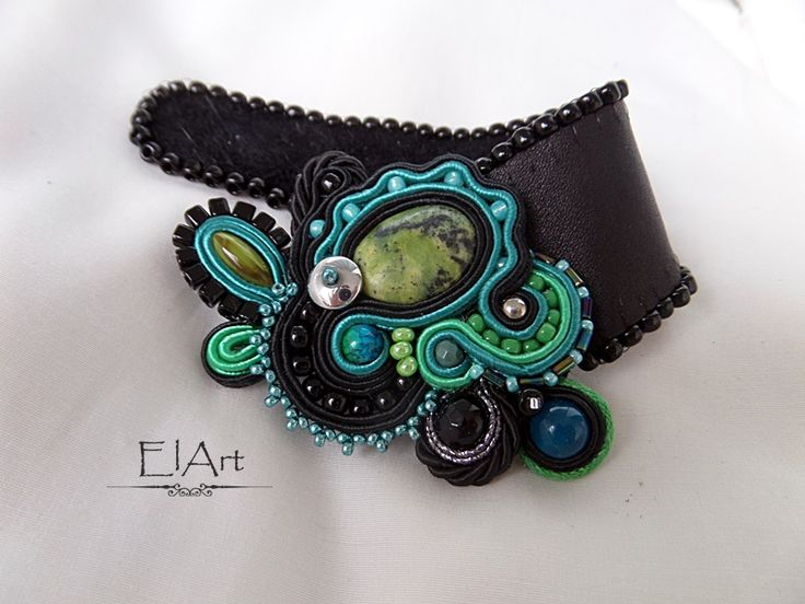 Bracelet soutache https://www.facebook.com/ElArt-563240567128696/
