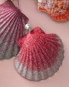 Sea shell ornaments...If we ever spend Christmas at the beach
