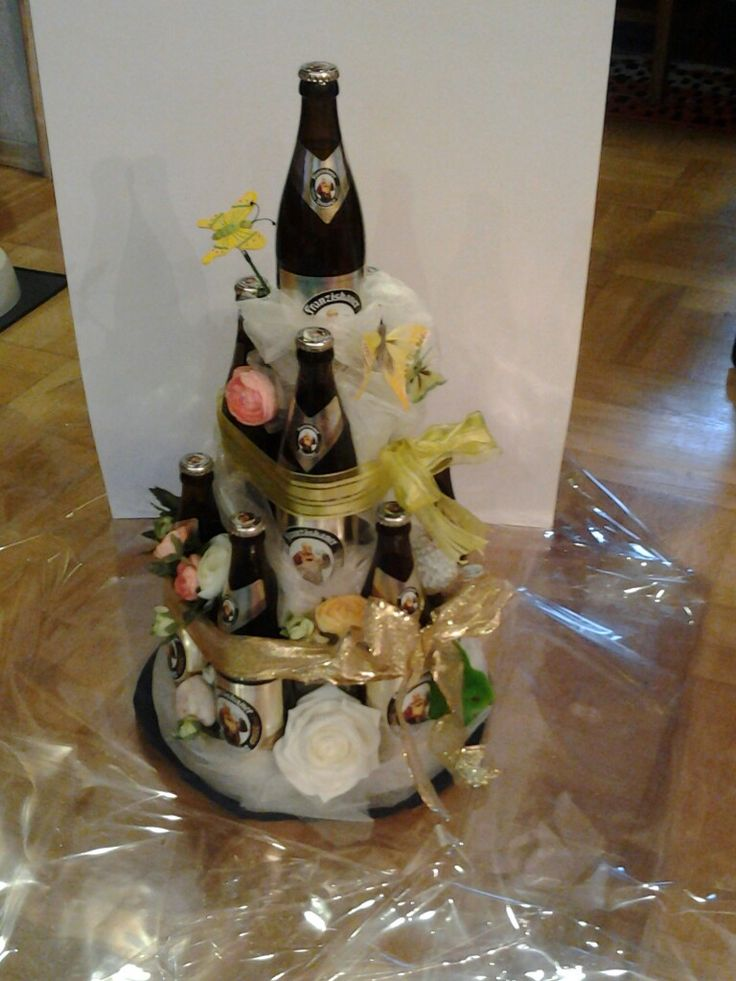 Biertorte als Geburtstagsgeschenk für eine Bierliebhaberin