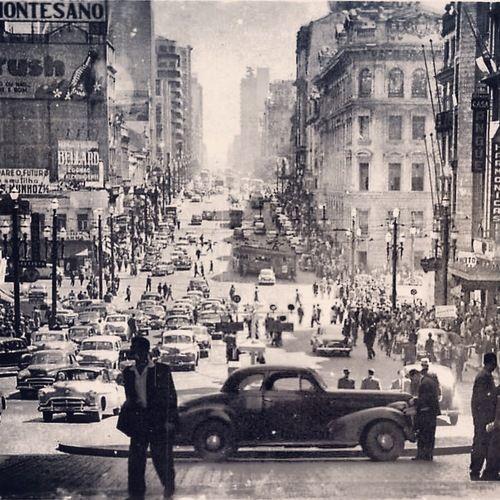 Avenida São João, início da década de 1950                              …