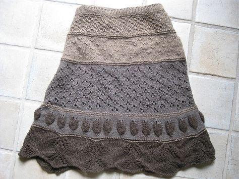 yarnsinthefarms' Yak Which do you Choose skirt - pattern by Jill Stover. A pretty, versatile skirt to knit using a variety of stitch motifs!