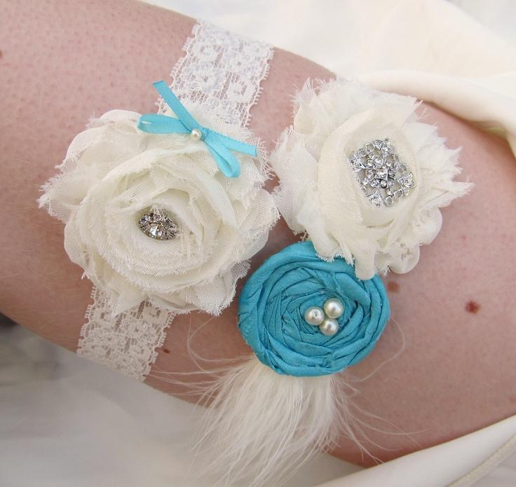Vintage Inspired Bridal Garter Set in Ivory