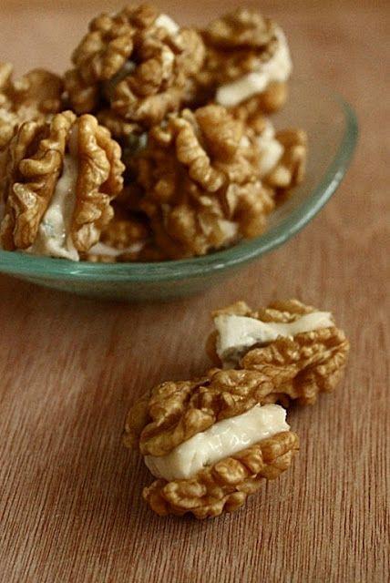 Dolci con le #noci ? ecco l'ingrediente segreto: #noci #BIOLOGICO  http://www.ilnoceto.eu/blog/mangiare/le-nostre-noci-biologiche