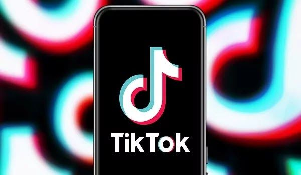 Why Tiktok Is Banned In Pakistan How To Get Famous Social Media Platforms Chinese Social Media